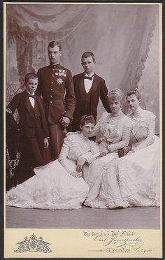 Princess Thyra of Hannover, Duchess of Cumberland with her children