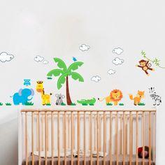Adesivo de Parede Floresta Infantil. Reinvente sua casa com este adesivo decorativo. Decore salas, quartos, banheiros, corredores e onde mais você imaginar.