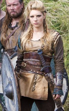 Lagertha on Vikings - love her look - going to draw a female viking next...