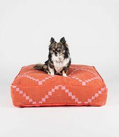Pink Geometric Square Dog Bed - Fillydog