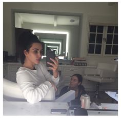 Kim Kardashian Photo - Celebrity Makeup-Free Selfies - Us Weekly Kardashian Family, Kardashian Photos, Kardashian Style, Kardashian Jenner, Kardashian Fashion, Kim Kardashian Selfie, Kourtney Kardashian, Kendall Jenner, Kim Kardashian Without Makeup