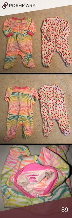 Two Pair Newborn Pajamas / Sleepers Carter's / Garanimals - each worn 1-2 times, washed in Dreft Detergent.  No stains or holes.  Zippers work great.  Smoke free home.  Price is for both.  WILL BUNDLE. Carter's Pajamas