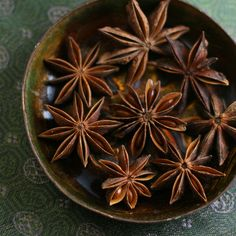 Star of Anise Licorice flavor, digestive aide In traditional Chinese medicine,… – Bloğ Anil, Star Anise, Traditional Chinese Medicine, Healing Herbs, Natural Remedies, Herbalism, The Cure, Seeds, Smoothies