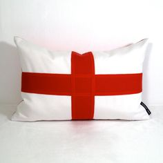 Items similar to Flag of England Pillow Cover - English Flag Throw Pillow - St. George's Cross - Red White - Decorative British Flag Outdoor Cushion on Etsy Sunbrella Pillows, Bed Pillows, St Georges Day, George Cross, Party World, Outdoor Cushions, Indoor Outdoor, Red And White, Pillow Covers
