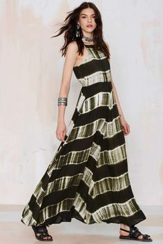 Take it to the maxi in the Line & Dot Shibori Maxi Dress.