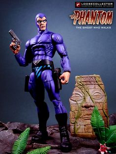 """Loosecollector Custom Action Figures Official Website: The Phantom """"The Ghost Who Walks"""""""