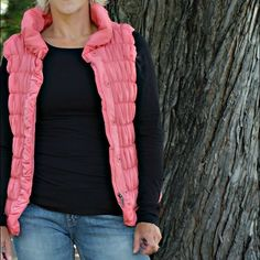 """LAST CHANCE - Selling/Donating Locally in July Pink puffer vest Size S 100% Polyester Length: approx 22.5"""" Chest: approx 16""""  OFFERS WELCOME ❌NO Trades❌ Tribal Jackets & Coats Puffers"""