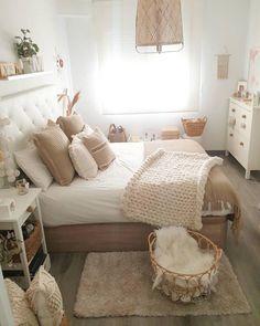 Cute Bedroom Ideas, Room Ideas Bedroom, Small Room Bedroom, Home Decor Bedroom, Bedroom Inspo, Adult Bedroom Ideas, Bedroom Ideas For Small Rooms For Adults, Classy Bedroom Decor, Bedroom Inspiration Cozy