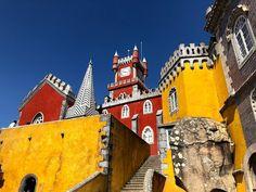 48 Hours in Lisbon Safari Windows, Internet Icon, Lisbon, Places To Go, Island, House Styles, Travel, Blog, Viajes
