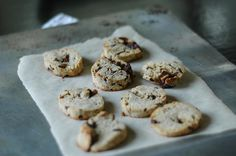 gluten free, baking, cookies, chocolate chip cookies, chocolate chunk cookies, vegan, gluten free, glorious sandwiches, vintage, food photography, foodporn, healthy baking, Cookies Vegan, Baking Cookies, Chocolate Chunk Cookies, Vintage Food, Healthy Baking, Meal Prep, Food To Make, Food Photography, Sandwiches