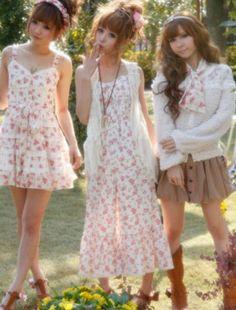 Gyaru, I love floral Gyaru Fashion, Kawaii Fashion, Cute Fashion, Asian Fashion, Vogue, Fashion Corner, Oui Oui, Japanese Street Fashion, Gothic Lolita