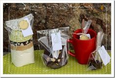 sucettes au chocolat, des mendiants et des kits SOS Muffins Homemade Food Gifts, Chocolate Recipes, Teacher Gifts, Favors, Packaging, Sweets, Kit, Desserts, Christmas