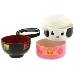 "This lovely geisha doll bento <a href=""http://amzn.to/1Nnh4q1"" target=""_blank"">set.</a>"