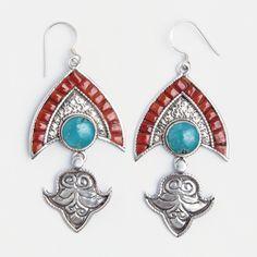 Cercei Chitwan, argint, coral și turcoaz tibetan, Nepal  #metaphora #silverjewelry #silverjewellery #nepal #earrings  #turquoise #coral Tibetan Jewelry, Nepal, Drop Earrings, Jewellery, Fashion, Silver, Moda, Jewels, Fashion Styles