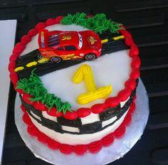 CARS Steve McQueen smash cake