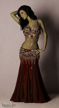 Belly Dancer, Belly Dance and . Belly Dancer Costumes, Belly Dancers, Dance Costumes, Dancers Pose, Belly Dance Outfit, Tribal Belly Dance, Dance Oriental, Beauty And Fashion, Tribal Fusion