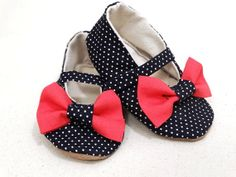 Newborn Baby Girl Booties Handmade Summer Sandals by ToastyToesies, $25.00