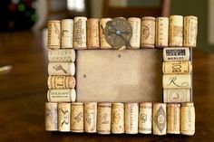 Wine cork ideas for my DIY project Wine Cork Projects, Wine Cork Crafts, Wine Cork Frame, Fun Crafts, Arts And Crafts, Crackle Painting, Morris, Creative Gifts, Picture Frames