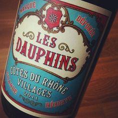Beautifully designed wine label. Les Dauphins, Côtes du Rhône Villages.