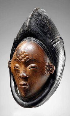Egyptian and African masks Afrique Art, Culture Art, Art Premier, Statues, Masks Art, African Masks, Indigenous Art, Art Moderne, African Culture