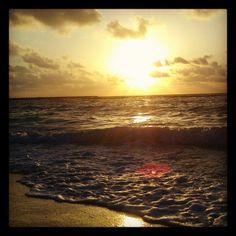 Hermoso#amanecer#beach#playqdelcarmen#