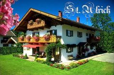 St. Ulrich www.stulrich.upps.eu Für erholsame Urlaubstage bieten wir Ferienwohnungen für 2 bis 3 Personen mit Dusche/WC,Flachbild-TV, Internetzugang per WLAN, Radio und jeweils Balkon. Unser Haus ist klassifiziert nach den Richtlinien des Deutschen Tourismusverbandes (DTV) mit *** sowie **** Sternen.