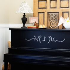 chalkboard piano.. i thought my idea was original.. but it aint. LOVE IT!