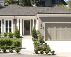 Paint garage doors same as siding Exterior Exterior Design, Pictures, Remodel, Decor and Ideas - page 4