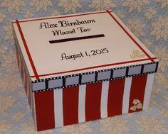 Having a movie themed event, then this gift card box is perfect. A film