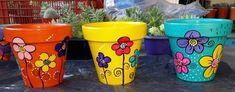 macetas pintadas a mano nº 10 Flower Pot Crafts, Vase Crafts, Clay Pot Crafts, Painted Plant Pots, Painted Flower Pots, Pottery Painting Designs, Pottery Art, Small Flower Pots, Back Garden Design