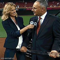 MLB Commissioner Rob Manfred gets a little too close to Erin Andrews at the 2015 MLB All Star Game