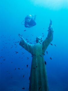 Christ of the Abyss was clearly created out of love and remembrance, but the result is vaguely spooky, especially with its outreached arms and upward gaze. The algae and corrosion only add to the effect, although the statue was removed from its watery home in 2003 for some much-needed restoration (including replacing a hand that a rogue anchor had broken off). Regardless of whether you find the monument eerie or beautiful (or both), it's certainly worth taking a 55-foot-dive down.