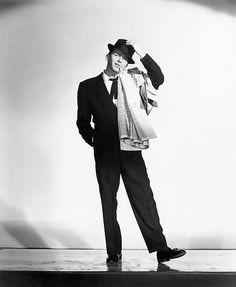 Frank Sinatra http://vintage-hollywood-girl.tumblr.com