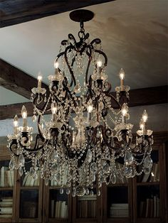 Who doesn't love a chandelier? Country Home Decor Ideas, Rustic Elegance from Ralph Lauren Home Chandelier Bougie, Chandelier Lighting, Black Chandelier, Muebles Estilo Art Nouveau, Wrought Iron Chandeliers, Crystal Chandeliers, Fabric Decor, Home Interior, Home Decor Accessories