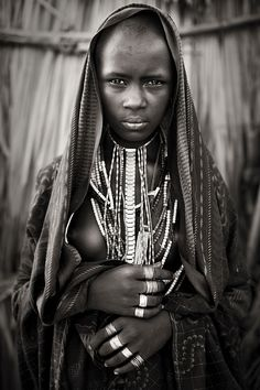 Portrait of an Arbore woman. African Girl, African Beauty, African Women, Africa Tribes, Africa Art, African Image, Africa Painting, Africa People, Arte Tribal