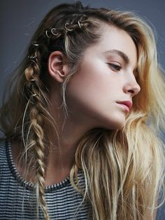 Porunn Vikings! actress Gaia Weiss ph Pinterest