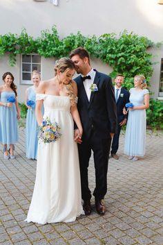 Hochzeitsinspiration: Ravensburger Stadtliebe ANNA ZEITER PHOTOGRAPHY http://www.hochzeitswahn.de/inspirationsideen/hochzeitsinspiration-ravensburger-stadtliebe/ #inspiration #blue #wedding