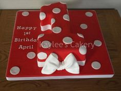Number 1 Minnie Mouse inspired cake - by Kaylee @ CakesDecor.com - cake decorating website