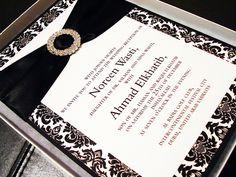 Fancy damask jeweled buckle gift boxed wedding invitation