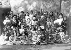 Elazığ, Harput Surp Hagop Ermeni ilkokulu ogrencileri, 25 Mayis 1911