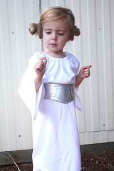 Princess Leia costume-That is the CUTEST! :)