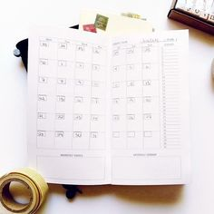 Seaweed Kisses: DIY Midori Traveler's Notebook inserts  CF:  link to free TN printouts (no/wkly calendars, grid paper)