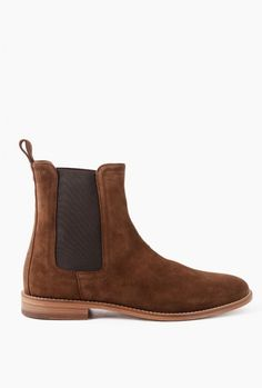 552ff92c1315 11 Best Chelsea boots images in 2019