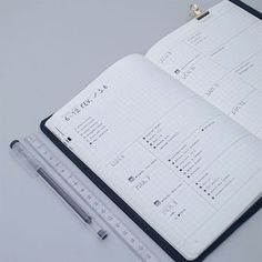 Have a look at these 8 Amazing Minimalistic Bullet Journal Layouts! Minimal.Plan. On the blog today - ForeverGoodLife