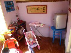 La casita. Juguetes. Cocinita. bebé. Niños Casita para niños en el jardín