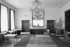 Hotel Badeschloss, Bad Gastein, Austria Bad Gastein, Rural Area, Abandoned Houses, Austria, Around The Worlds, Buzzfeed, Home Decor, Lost Places, Lp
