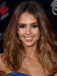 Jessica Alba: kurze oder lange Haare? - http://bilderpin.com/2721/jessica-alba-kurze-oder-lange-haare/