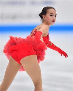 「JSロリ画像」のアイデア 14 件 | 女子 スケート, 女の子, 女子フィギュア