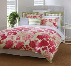Tommy Hilfiger Cape Cod Comforter Set, Full/Queen by Tommy Hilfiger. $170.00. 100-Percent cotton sateen. Knife edge finished on a sides. Printed hydranga in coral and soft green reversing to awning stripe in soft green. Includes 1 full/queen comforter and 2 standard shams. 100% Cotton. Full/Queen Comforter is 88 by 88-Inch, shams feature orange flange. Tommy Hilfiger Cape Cod Collection will brighten up your bedroom with this cottage inspired collection. Blooming with p...