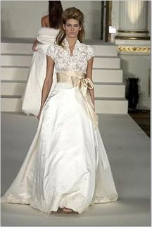 FOR SALE: Monique Lhuillier Jacqueline Lace Top -Size 2 / 4 « Weddingbee Classifieds